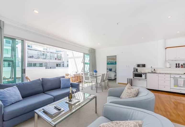 Elegant 2BR Princes Wharf Apartment, Auckland