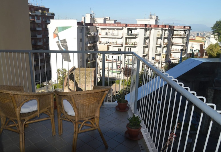I Colori di Salvator Rosa, Napoli, Rom – deluxe, 1 queensize-seng, balkong, utsikt mot byen, Balkong