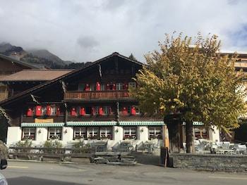 Bern Alpleri bölgesindeki Auberge de la Poste Les Diablerets resmi