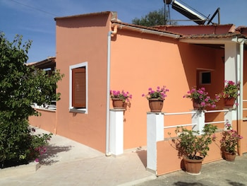 Picture of Ionian Breeze Apartments in Corfu
