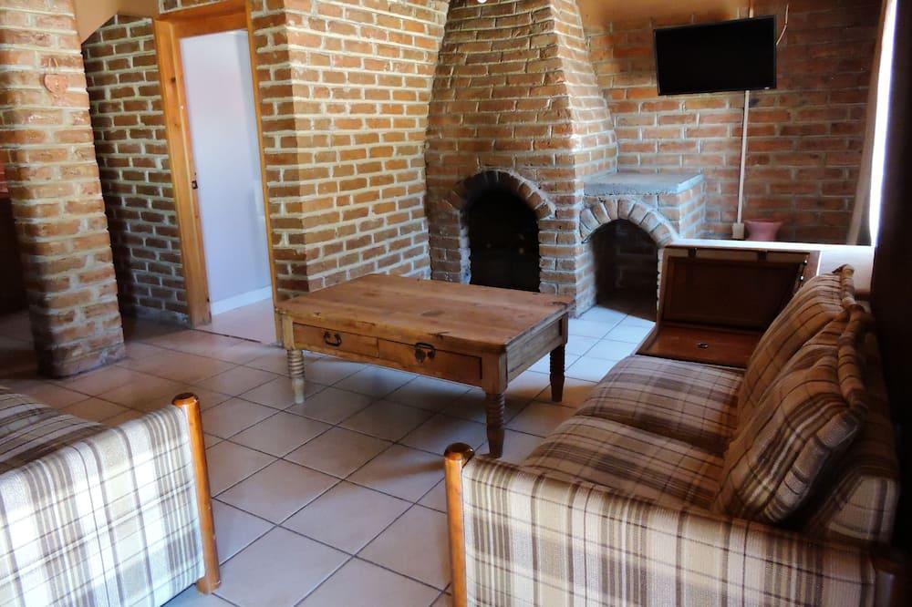 Family Cabin, 3 Bedrooms, Hill View, Garden Area - Ruang Tamu