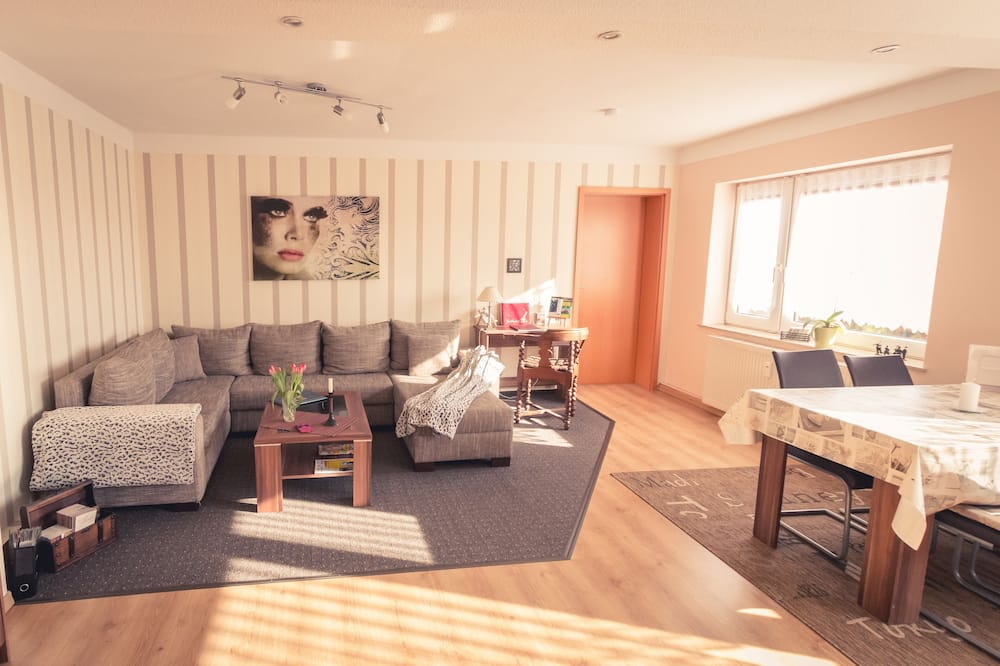 Sunny 4-star Holiday Home in Stralsund, the Gateway to the Island of Rügen