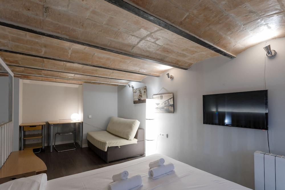 Prenota BBarcelona Poblenou Beach Flat a Barcellona - Hotels.com