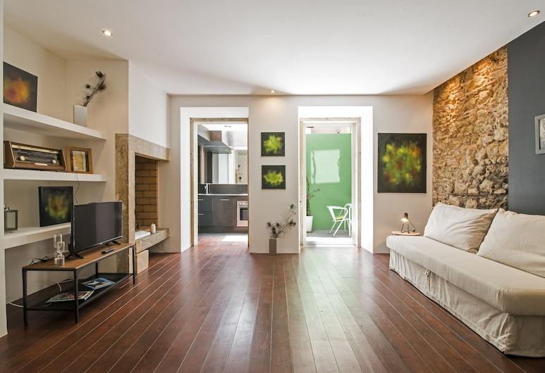 Santa Marta Vintage III by Homing, Lisbon, Apartment, 1 Bedroom, Terrace (Rua do Prior Coutinho 19 Ground Floor), Living Area
