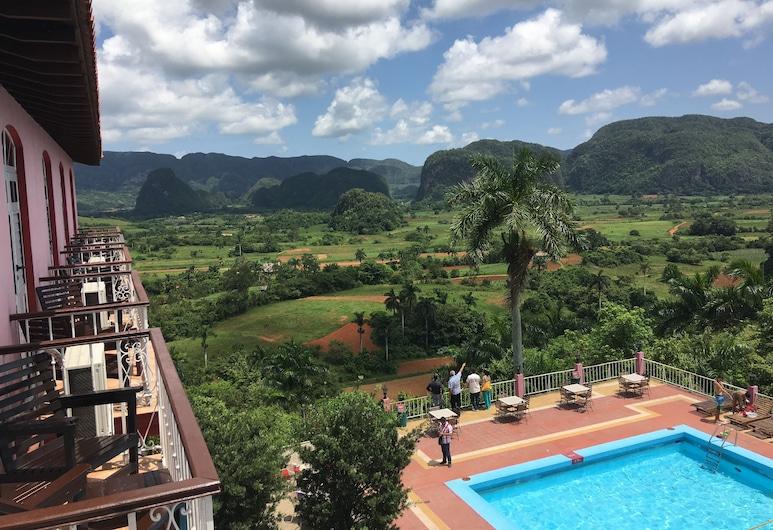 Hotel Los Jazmines, Vinales, Lauko baseinas