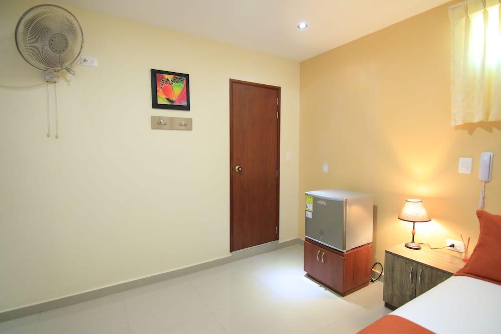 Familien-Vierbettzimmer - Wohnbereich