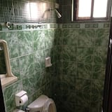 Standardzimmer - Badezimmer