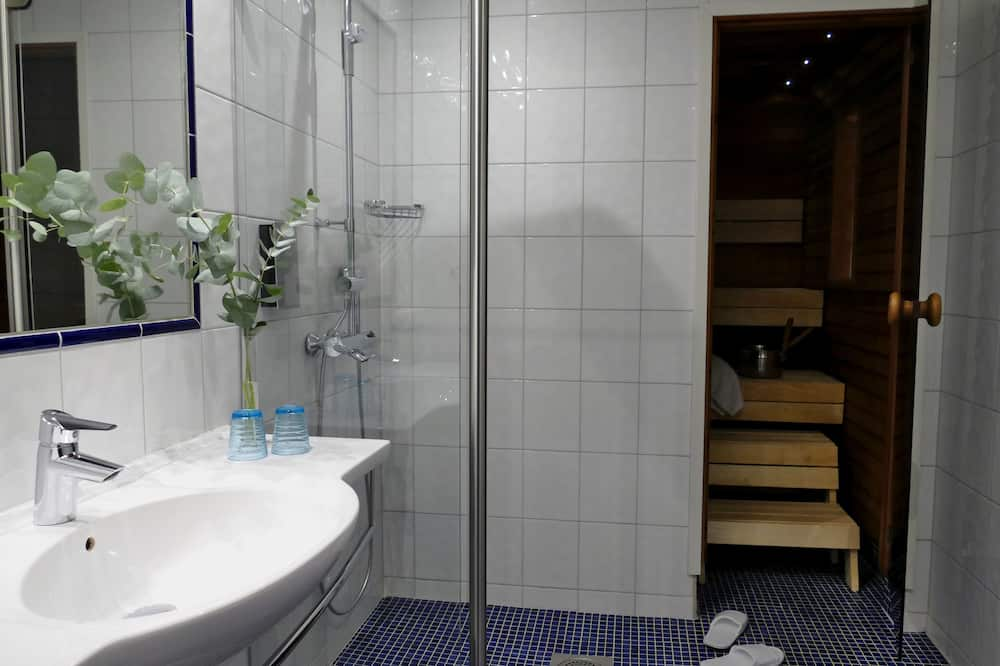 Двомісний номер категорії «Superior», 1 ліжко «кінг-сайз», сауна - Ванна кімната