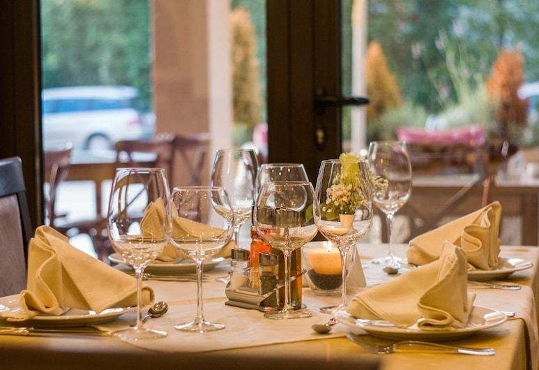Hotel Phalesia, Piombino, Restaurace