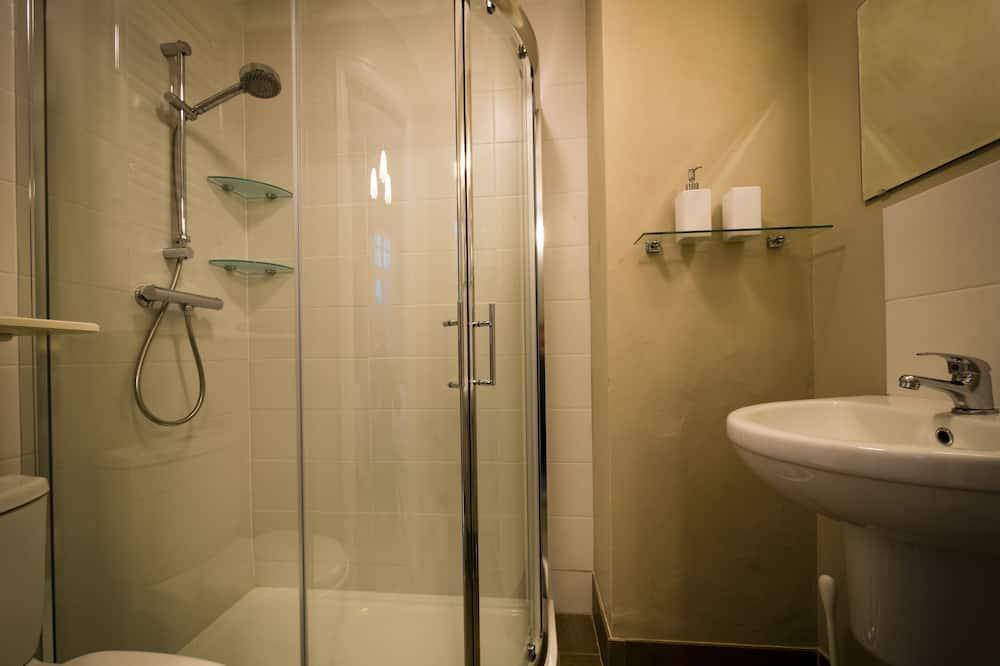 Doppelzimmer, mit Bad (Room only) - Badezimmer