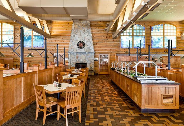 Portlander Inn and Marketplace, Portland, Restoran