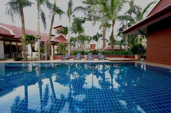 Picture of Boutique Resort Private Pool Villa in Pa Klok