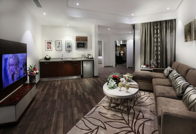 Duset Hotel Suites, Riyadh, Deluxe Apartment, 2 Bedrooms, Living Area