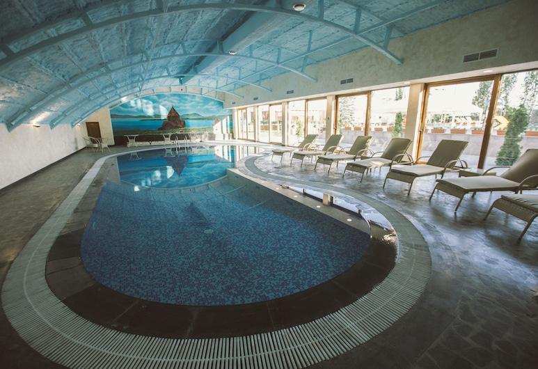 Caucasus Hotel, Jerevan, Innendørsbasseng
