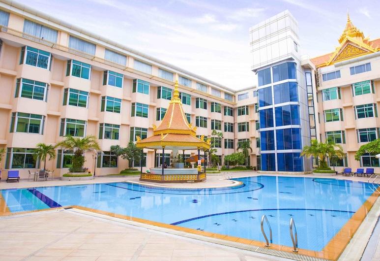 Club Excellence By Phnom Penh Hotel, Phnom Penh, Piscine en plein air