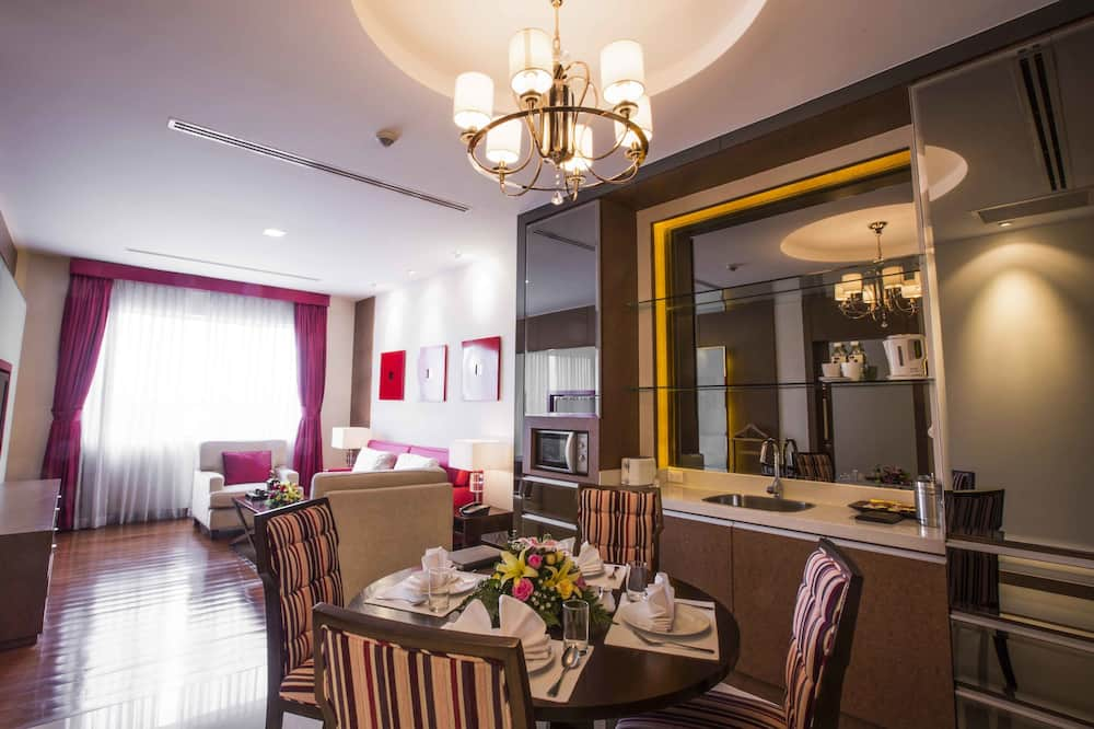 New Serviced Apartment, 1 Bedroom - In-Room Dining