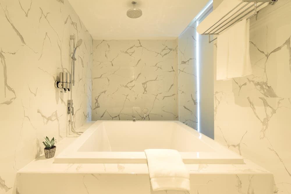 Z-Plus Premier - ห้องน้ำ