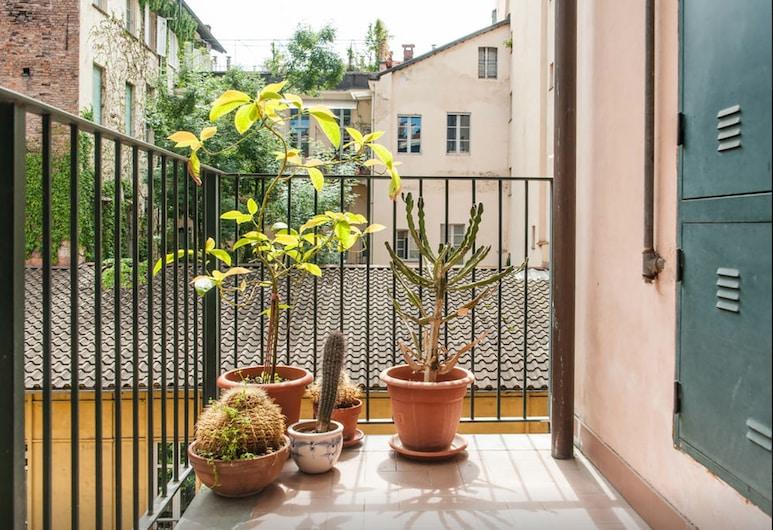 Quadrilatero Apartment , Torino, Monolocale, Balcone