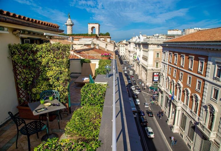 Hotel Regno, Rome, Vue depuis l'hôtel