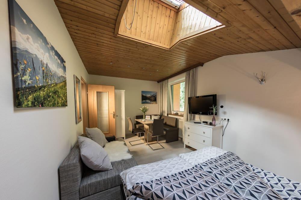 Standard-studiolejlighed - 1 queensize-seng - ved bjerg - Stue