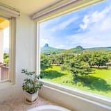 雙人房, 浴缸, 山景 - 浴室
