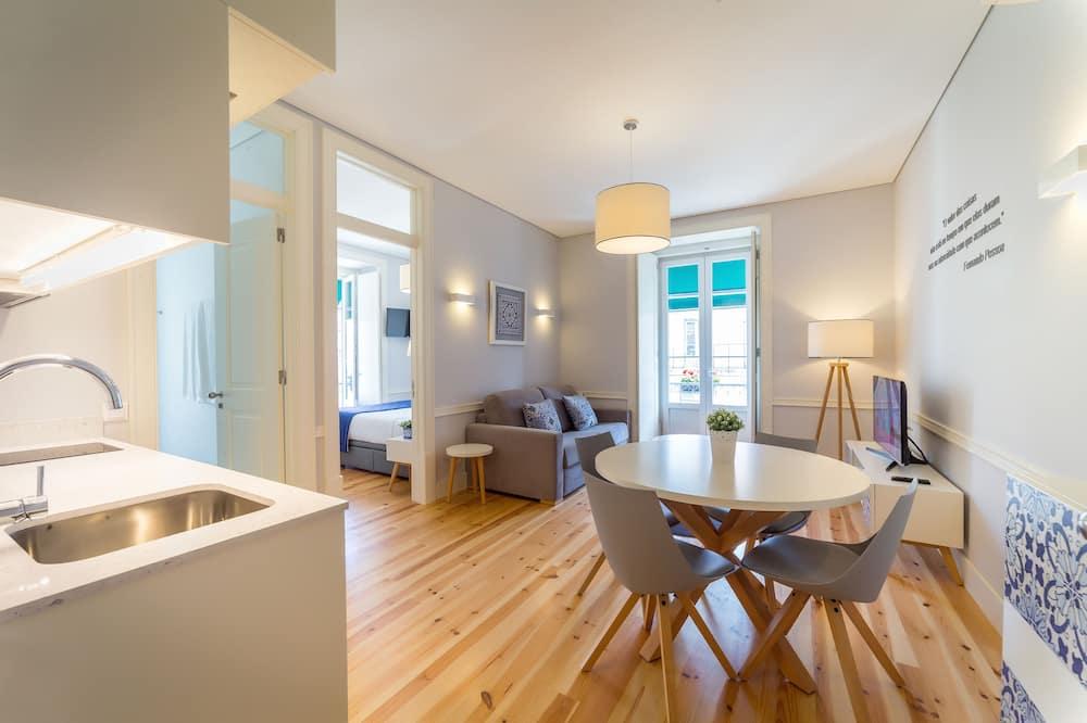 Superior Apartment, 1 Bedroom, Balcony - Living Room