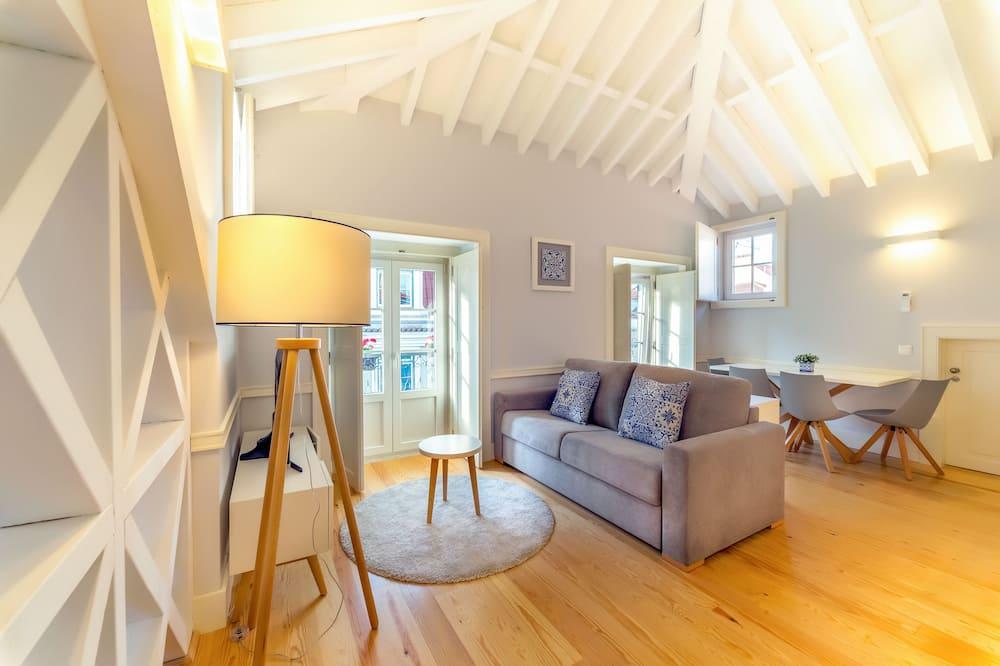 Deluxe Studio - Living Room