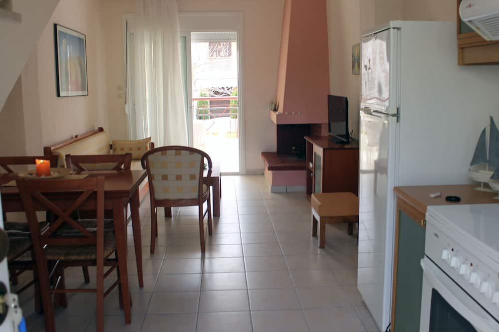 Štandardný dom, 2 spálne - Obývačka