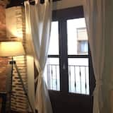 Family Apartment, 2 Bedrooms, Terrace, Valley View - Balcony