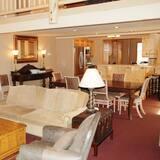 Deluxe Apart Daire, 3 Yatak Odası, Dağ Manzaralı - Oturma Alanı