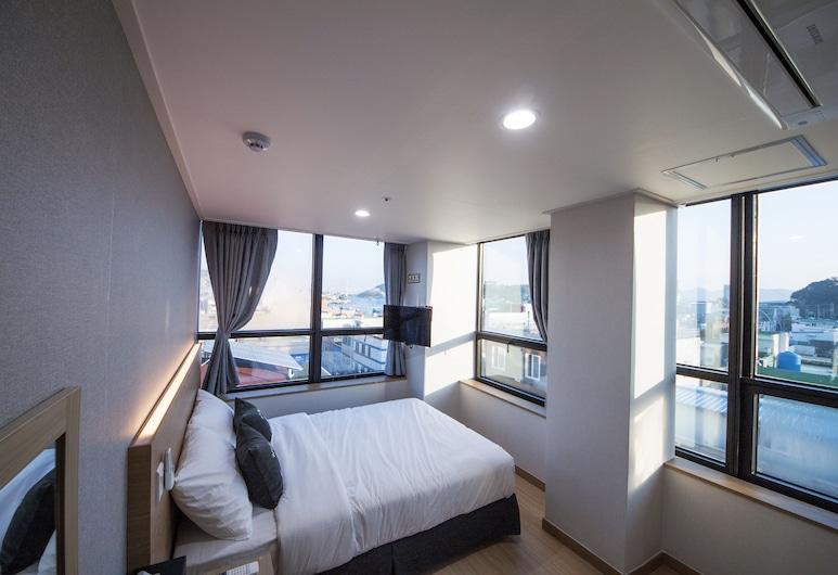 K-Grand Hostel Yeosu, Yeosu, Dvojlôžková izba typu Deluxe, 1 dvojlôžko, Hosťovská izba