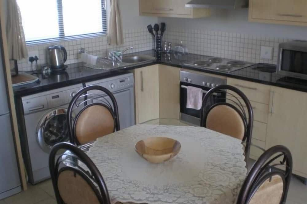 Apartment, 1 Bedroom (KB605W) - In-Room Dining