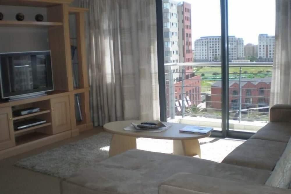 Apartment, 1 Bedroom (KB605W) - Living Area