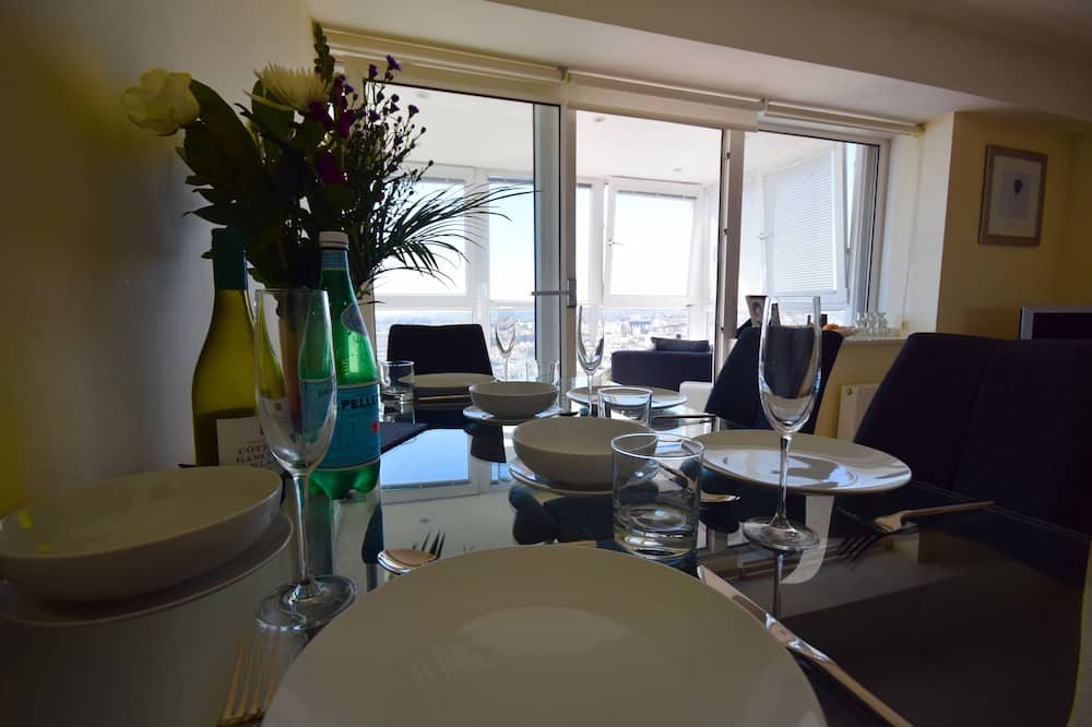 Penthouse, 2 Bedrooms, Sea View - In-Room Dining