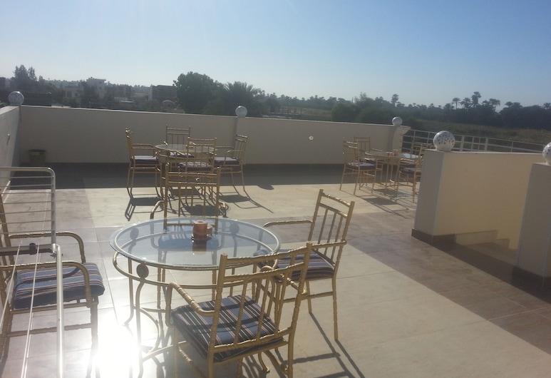 Luxor Star Apartments, Luxor, Terraza o patio