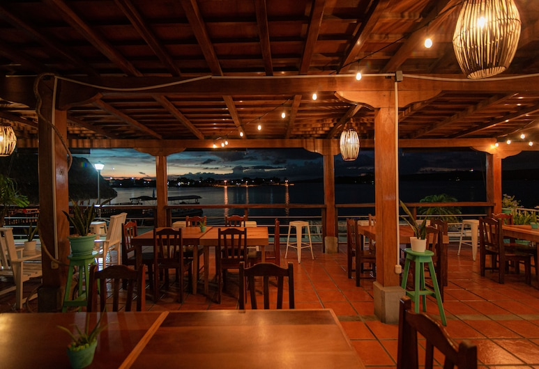 Hotel Santana, Flores, Outdoor Dining