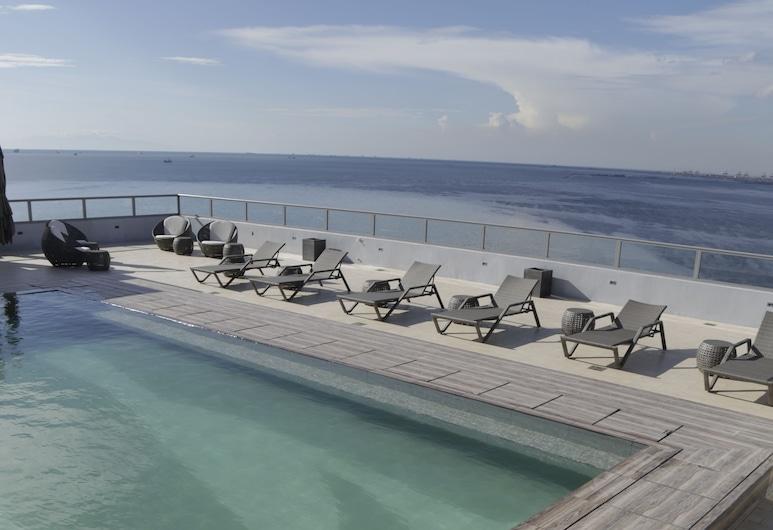 亞洲馬尼拉購物中心溫德姆 TRYP 酒店, 帕謝, 天台泳池