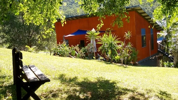 Picture of Cosy Romantic Cottage in Tallebudgera
