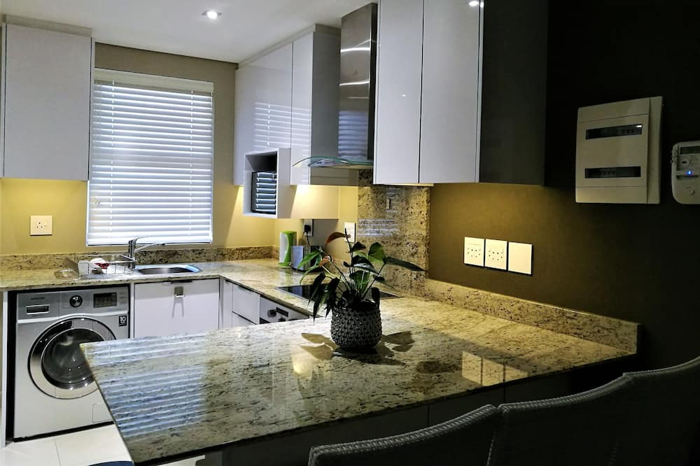Maison d'Bosch : 204 Andringa Walk - Private kitchen