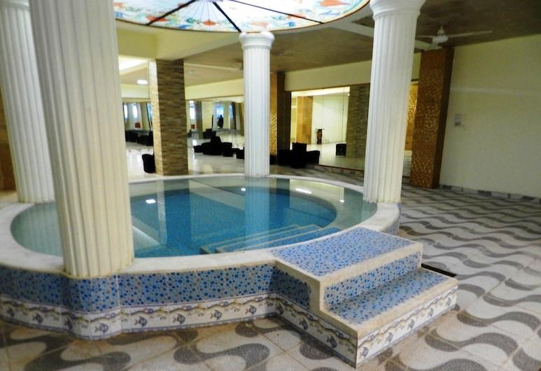Hotel Spa Bella Mar, Santo Domingo, Krytá vírivka