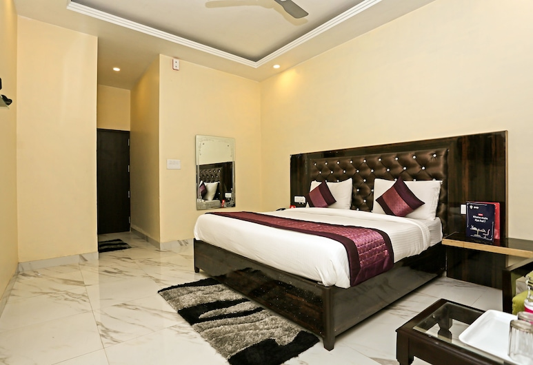 OYO 725 Hotel Wow Inn, New Delhi, Standard Double or Twin Room, 1 Double Bed, Guest Room