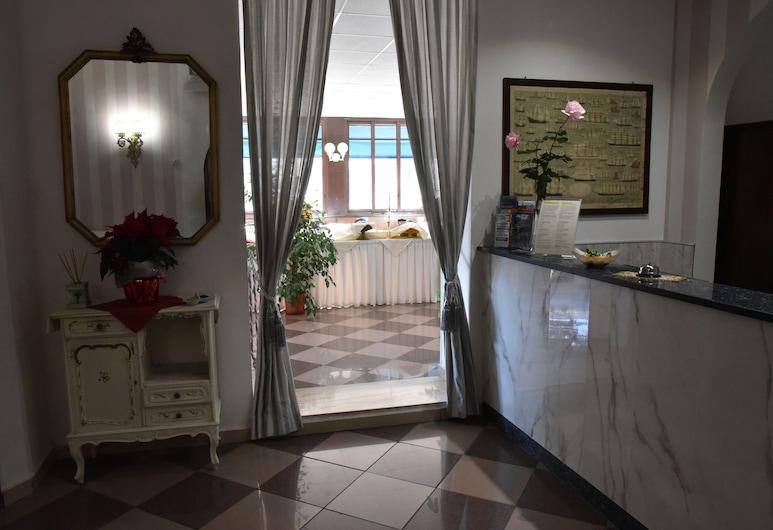 Hotel Moderno, Piombino, Recepció