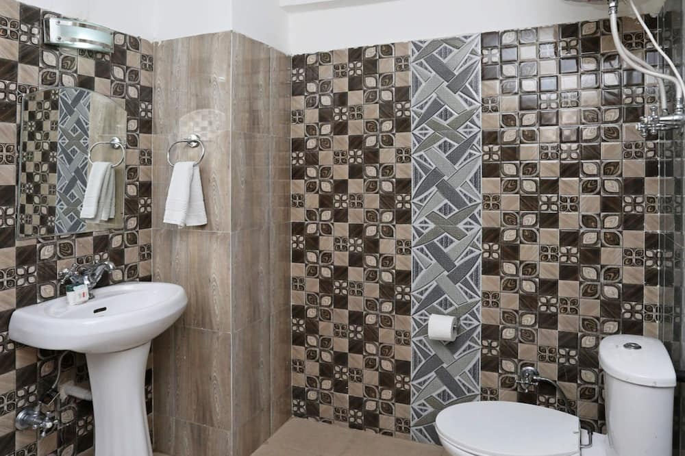 Phòng đôi hoặc 2 giường đơn Tiêu chuẩn, 1 giường đôi, Phòng tắm riêng - Phòng tắm