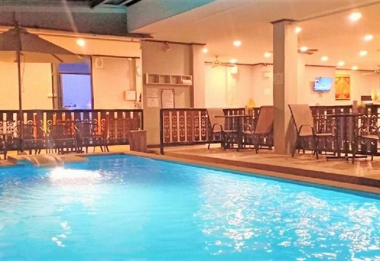 拉塔納酒店, 清邁, 室外泳池