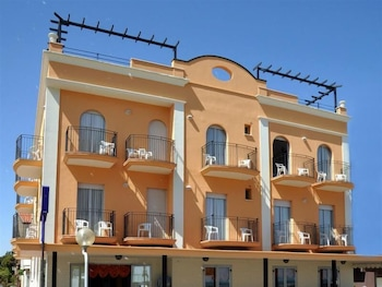 Picture of Hotel Holiday Beach in Rimini