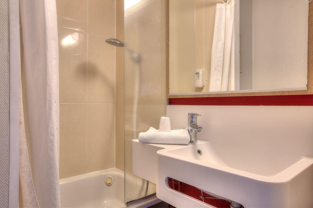 Chambre Double, non-fumeurs - Salle de bain