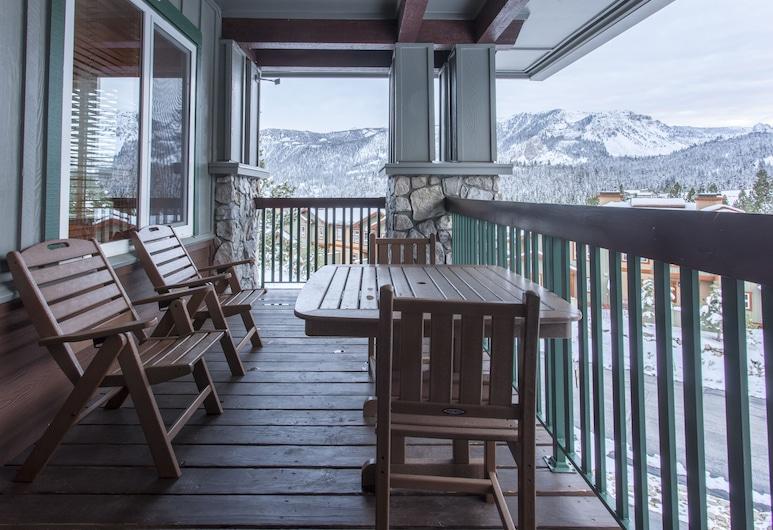 Juniper Springs Lodge 426, Mammoth Lakes, Condo, Multiple Beds, Mountain View (Juniper Springs Lodge #426), Balcony