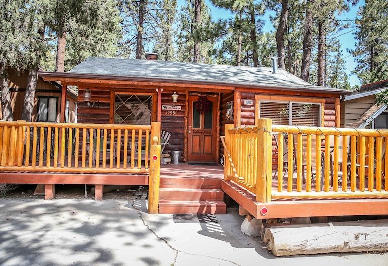 Little Bear Hug Studio Bedroom Cabin, Danau Big Bear , Bagian depan properti