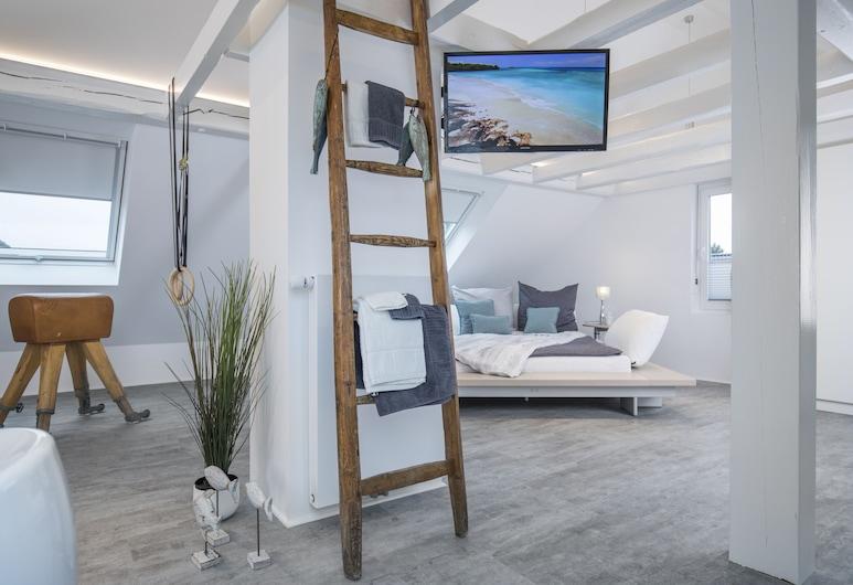 Design - Studiowohnung in Gütersloh mit Balkon, Gütersloh, Zimmer