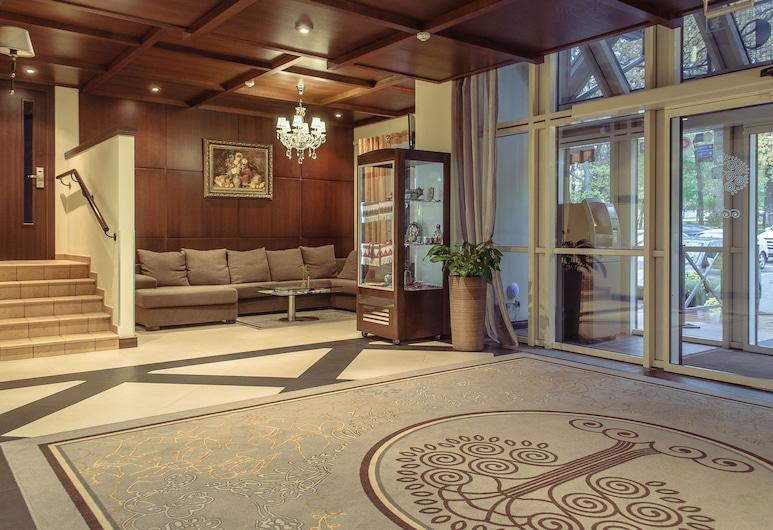 Park-Hotel Golosievo, Kyiv, Vstupní prostor zevnitř